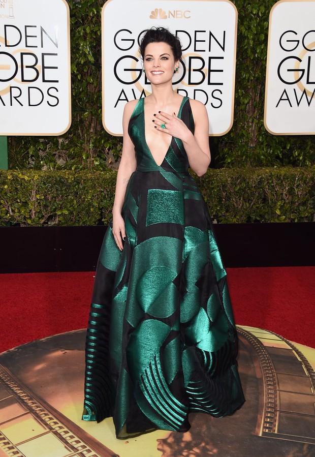 Katy Perry, Jennifer Lawrence và dàn sao lộng lẫy trên thảm đỏ Quả Cầu Vàng 2016 - Ảnh 40.