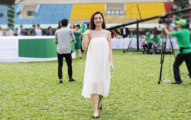 Jennifer Phạm mang thai đứa con thứ 3 được 4 tháng - Ảnh 2.