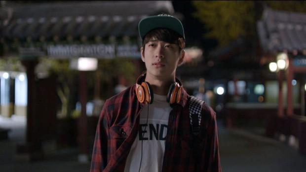 Đến Việt Nam, Junsu (Kang Tae Oh) bớt đẹp trai đi nhiều! - Ảnh 20.