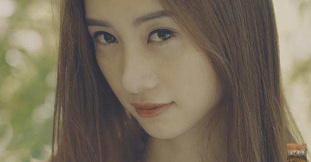 Điểm mặt dàn diễn viên toàn trai xinh gái đẹp trong MV Sau tất cả - Ảnh 15.