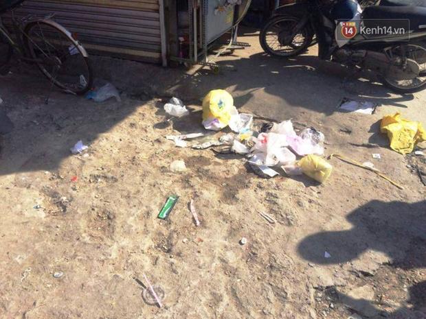 Nhân viên bảo vệ cửa hàng tiện lợi bị đánh chết giữa đêm ở Sài Gòn - Ảnh 1.