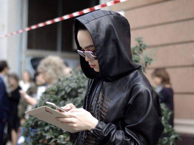 Kelbin Lei lại một lần nữa chễm chệ trên Vogue Ý và hàng loạt blog thời trang - Ảnh 14.