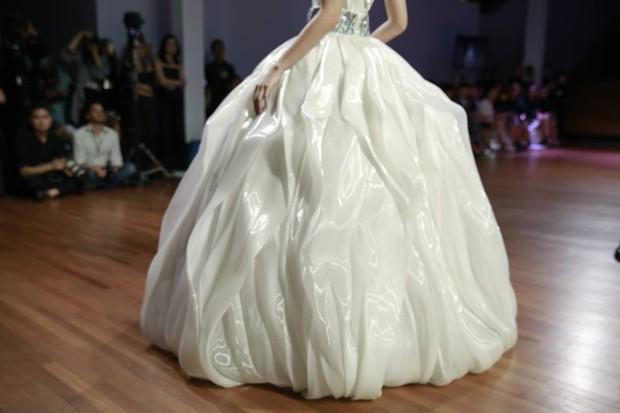 Kelbin Lei dự show diễn của NTK trứ danh đã tạo nên váy ốp-la cho Rihanna - Ảnh 9.