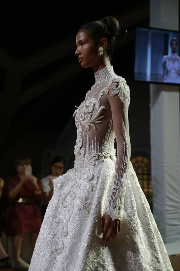 Kelbin Lei dự show diễn của NTK trứ danh đã tạo nên váy ốp-la cho Rihanna - Ảnh 10.