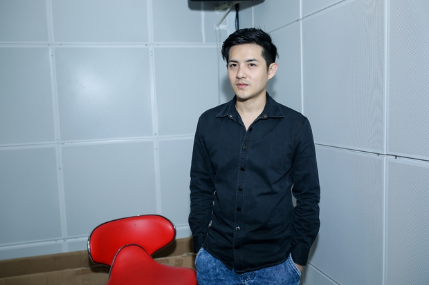 Đông Nhi ân cần bóp vai cho Ông Cao Thắng khi tập cùng team The Voice Kids - Ảnh 3.