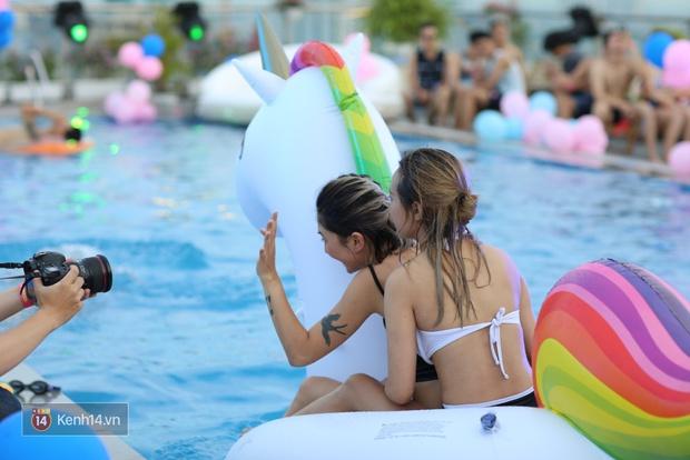 Mỗi dịp có pool party, giới trẻ Hà Nội lại được quẩy tưng bừng - Ảnh 12.