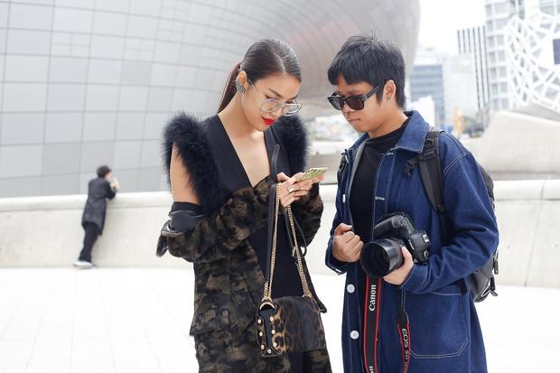 HOT: Mai Ngô & Lan Khuê nổi bần bật trên ghế khách mời tại Seoul Fashion Week - Ảnh 16.