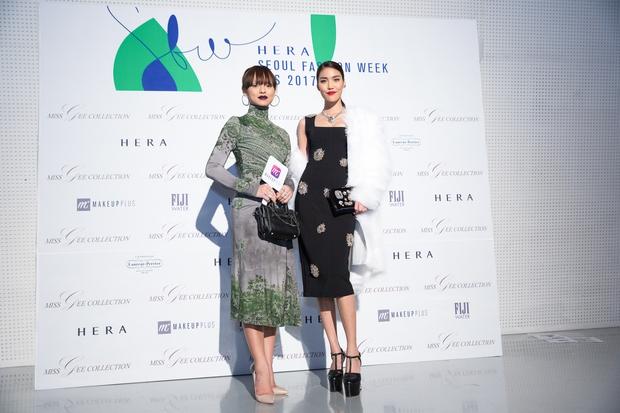HOT: Mai Ngô & Lan Khuê nổi bần bật trên ghế khách mời tại Seoul Fashion Week - Ảnh 1.