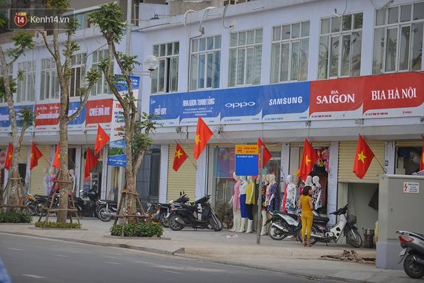 Các thương hiệu nổi tiếng sẽ thế nào nếu mở trên phố kiểu mẫu toàn biển hiệu xanh đỏ? - Ảnh 2.