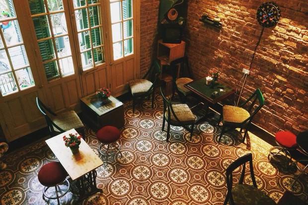 Hà Nội: Muốn chụp ảnh nền gạch hoa vintage? Cứ đến những quán cafe này - Ảnh 6.