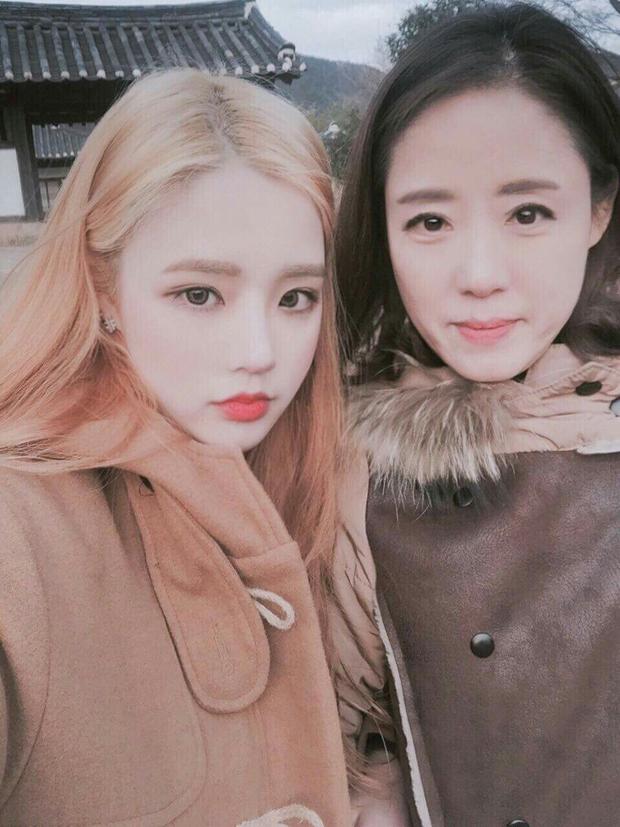 Có một cặp mẹ con đến từ Hàn Quốc cùng xinh như hot girl thế này! - Ảnh 10.