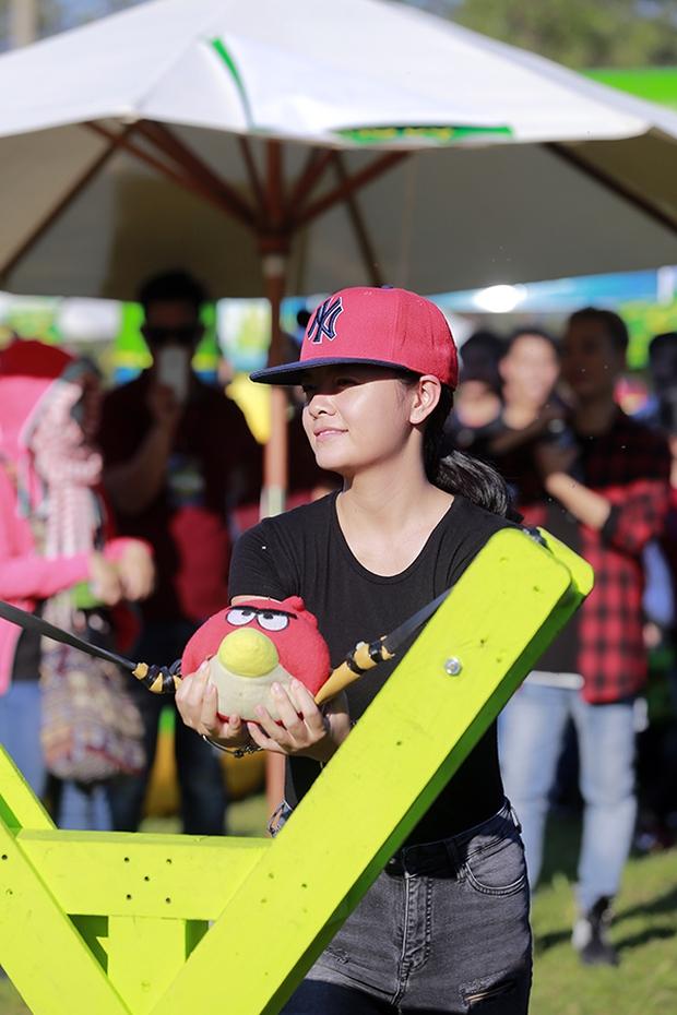 Sơn Tùng M-TP chất lừ, Hoàng Thùy Linh gợi cảm khiến 20.000 sinh viên muốn phá rào tiếp cận - Ảnh 24.