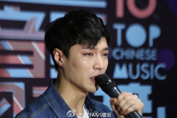 Dàn sao hot nhất Hoa - Hàn hội ngộ tại thảm xanh Chinese Top Music Awards - Ảnh 31.