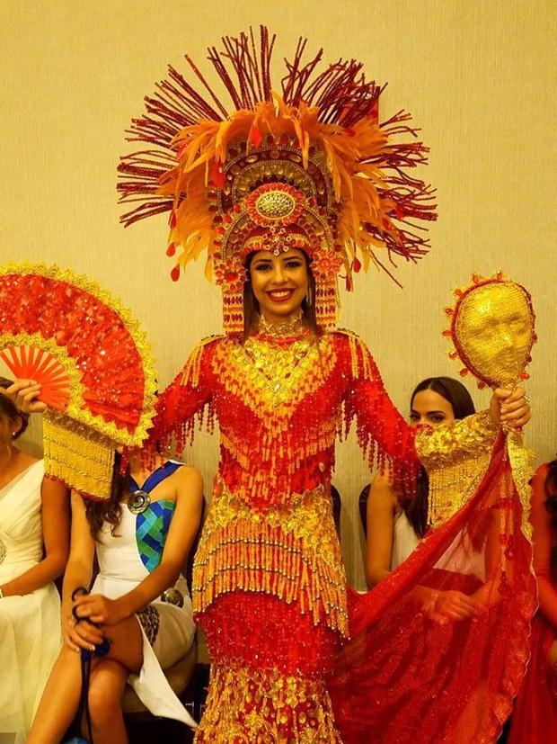 Gặp sự cố bất ngờ, Diệu Ngọc buộc phải thay đổi phần thi tài năng tại Miss World vào phút chót - Ảnh 16.