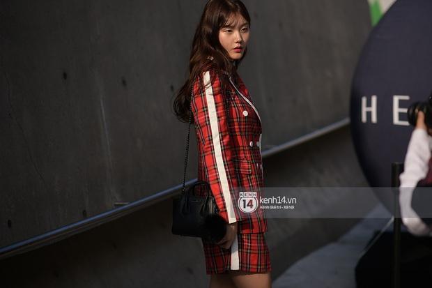 Độc quyền: Street style chất lừ tại Tuần lễ thời trang Seoul - Ngày 2 - Ảnh 17.