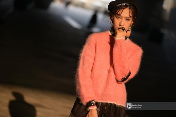 Châu Bùi & Cao Minh Thắng ton-sur-ton, Min diện quần một mất một còn tại Seoul Fashion Week ngày 3 - Ảnh 4.
