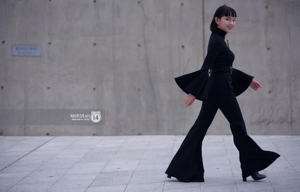 Ngày 5 Seoul Fashion Week: Fashionista Việt mặc gì để gây ấn tượng? - Ảnh 8.