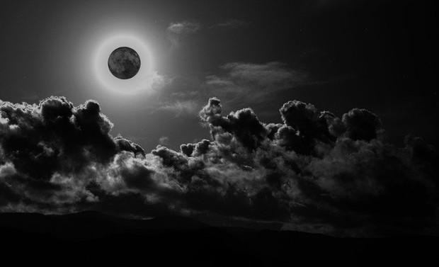 Hiện tượng thiên văn cực hiếm Trăng đen sẽ xuất hiện tối mai - Ảnh 4.