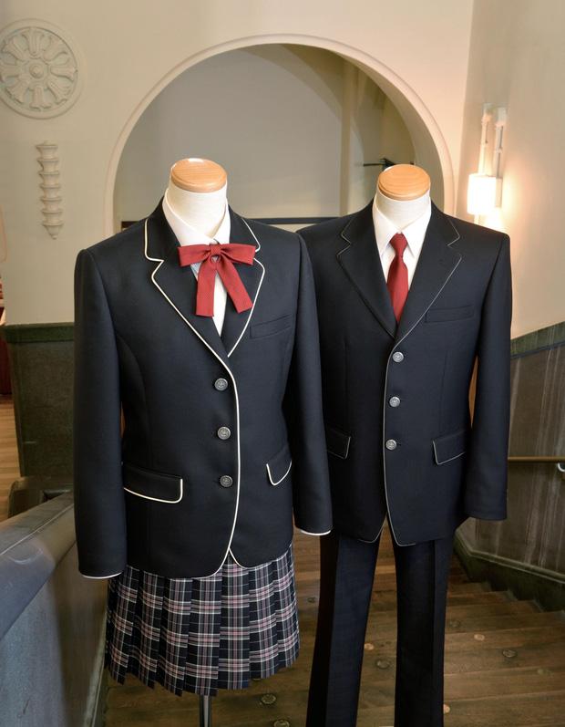 Giải mã sức hút vạn người mê từ phong cách thời trang của nam sinh Nhật - Ảnh 1.