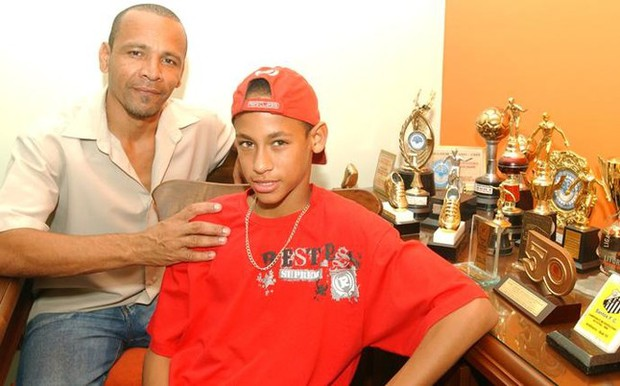Neymar, ngôi sao sân cỏ có màn lột xác ngoạn mục nhất - Ảnh 1.