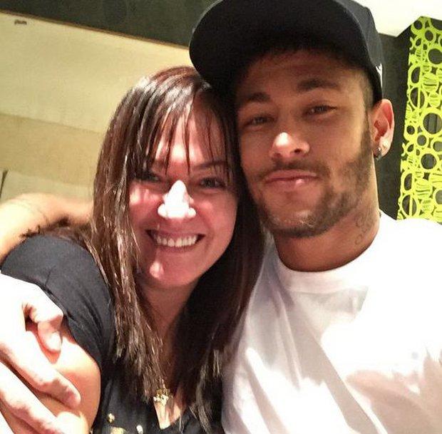 Những hình ảnh chứng tỏ Neymar yêu mẹ vô bờ bến - Ảnh 6.