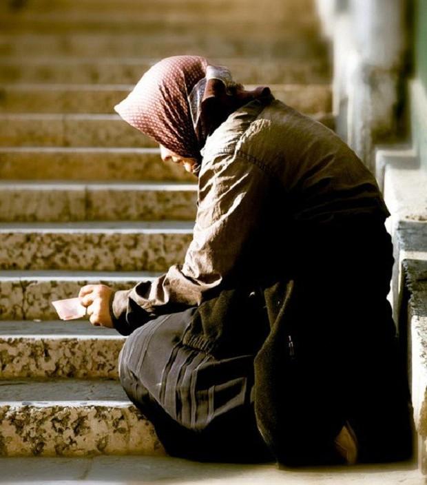 Trong khi bao người nghèo đang chết đói, người ta vẫn vô tư vứt đồ ăn đầy lãng phí - Ảnh 11.