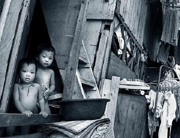 Trong khi bao người nghèo đang chết đói, người ta vẫn vô tư vứt đồ ăn đầy lãng phí - Ảnh 13.