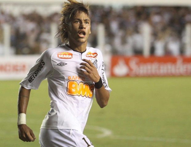 Neymar đối diện với án tù 2 năm vì trốn thuế - Ảnh 1.