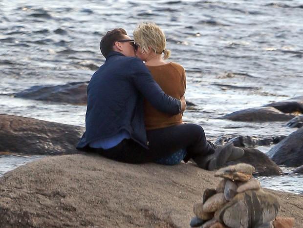 Taylor Swift - Tom Hiddleston chia tay sau 3 tháng hẹn hò - Ảnh 3.