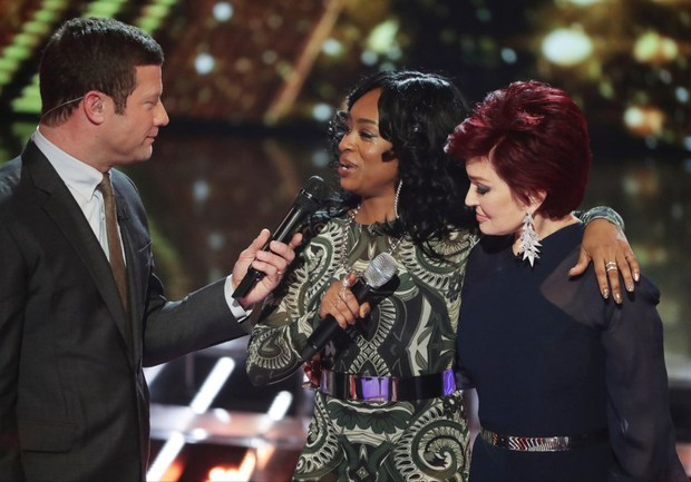 Thí sinh X-Factor Anh buột miệng chửi thề trên sóng truyền hình - Ảnh 4.