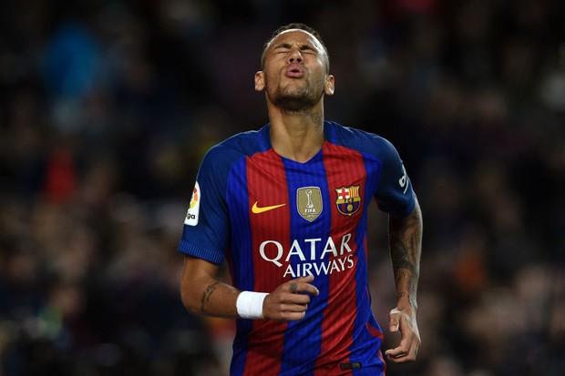 Neymar đối diện với án tù 2 năm vì trốn thuế - Ảnh 2.