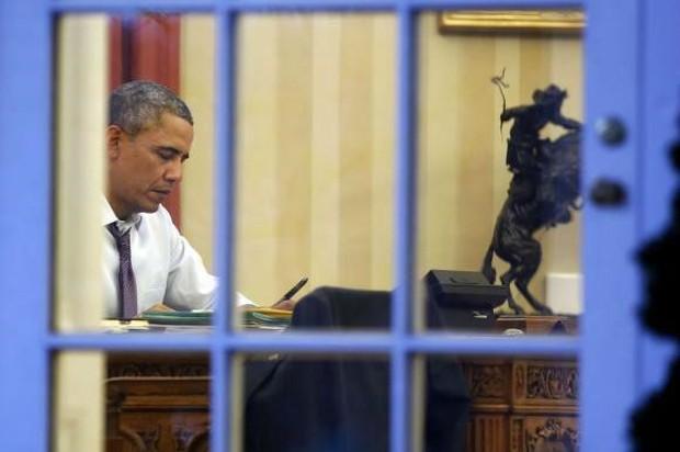 Obama trong bóng tối: Những giây phút cô đơn lúc nửa đêm ở Nhà trắng - Ảnh 3.