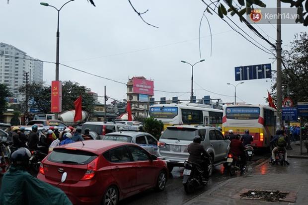 Ám ảnh tắc đường ở thủ đô những ngày giáp tết - Ảnh 11.