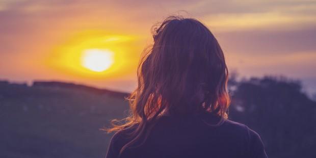 Kết quả hình ảnh cho Từ lúc gặp anh em cảm thấy cuộc sống của mình như được thay đổi hoàn toàn, cười có, vui có, hanh phúc có. Thời gian đó em như một con người khác, vui vẻ hơn, hòa đồng hơn, lạc quan và biết yêu bản thân mình hơn.