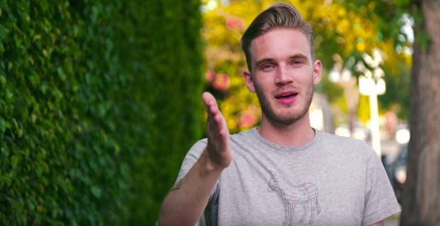 """Những điều ít người biết về """"ông vua YouTube"""" vừa """"troll"""" cả thế giới - Ảnh 8."""