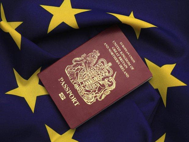 Hộ chiếu Anh sẽ mất ngôi vị quyền lực trên thế giới khi Anh rời khỏi EU - Ảnh 1.