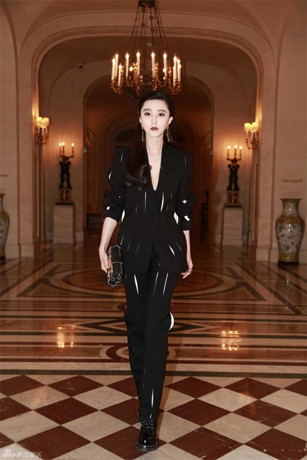 Phạm Băng Băng & Miranda Kerr: Cuộc chiến nhan sắc lẫn phong cách tại show Louis Vuitton - Ảnh 3.