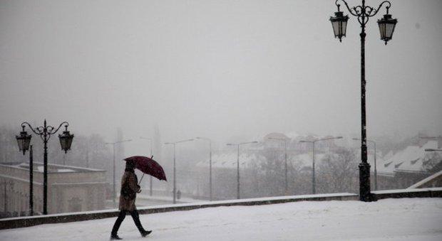 Ba Lan lạnh cóng bất thường, hơn 40 người chết - Ảnh 1.