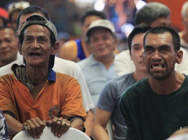 Dân Philippines vui vì Pacquiao thắng, buồn vì anh giải nghệ - Ảnh 1.
