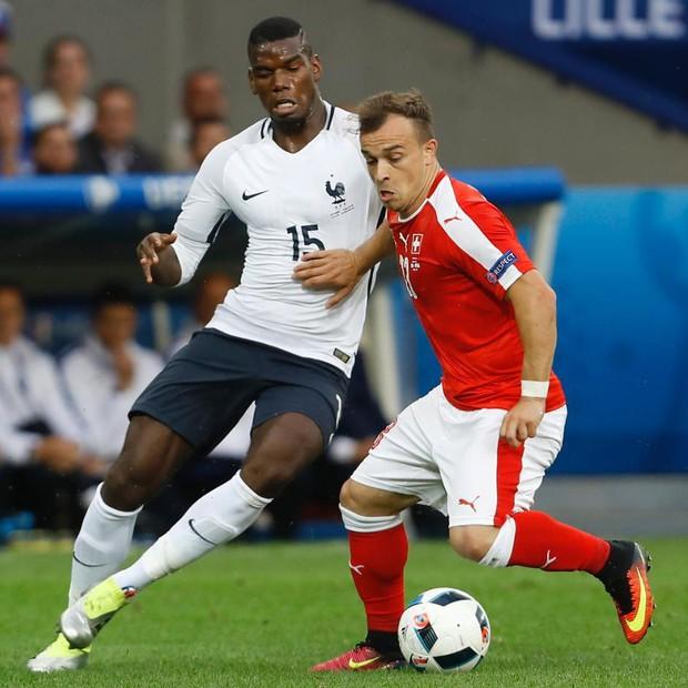 Tuyển thủ Thụy Sĩ mong nhà tài trợ Puma đừng sản xuất bao cao su - Ảnh 4.