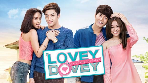 Lovey Dovey Series - Chờ đợi một người 8 năm, chuyện chỉ có trong phim Thái? - Ảnh 1.