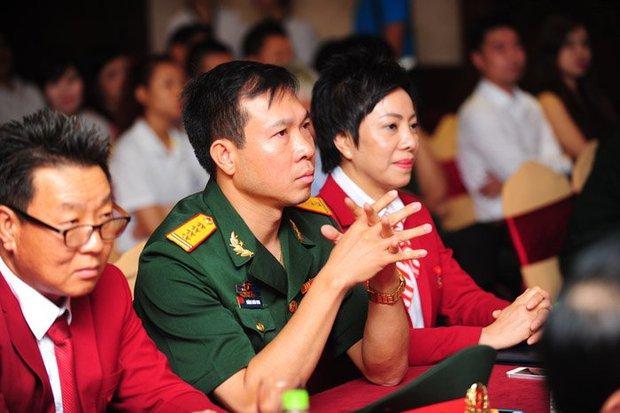 Hoàng Xuân Vinh dùng tiền thưởng gây quỹ từ thiện - Ảnh 1.