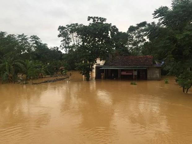 Quảng Bình: 8 người chết và mất tích, gần 27.000 hộ dân bị ngập do mưa lũ - Ảnh 3.