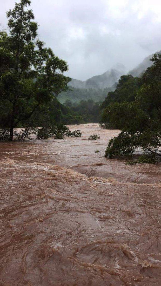 Quảng Bình: 8 người chết và mất tích, gần 27.000 hộ dân bị ngập do mưa lũ - Ảnh 6.