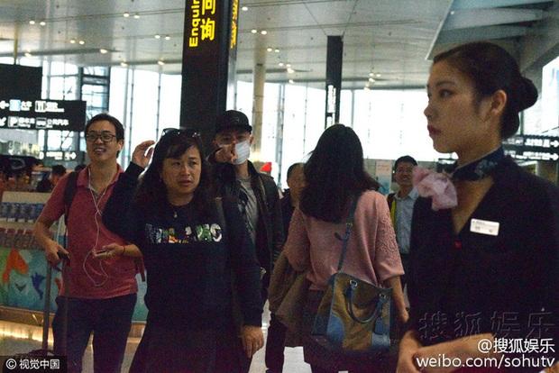 Hoắc Kiến Hoa nổi giận cấm phóng viên chụp hình, Lâm Tâm Như úp mở sẽ hạ sinh tiểu công chúa - Ảnh 2.