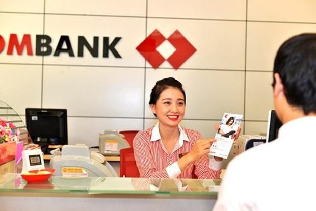 Khách hàng là thượng đế và câu chuyện muôn thuở của dân ngân hàng - Ảnh 1.
