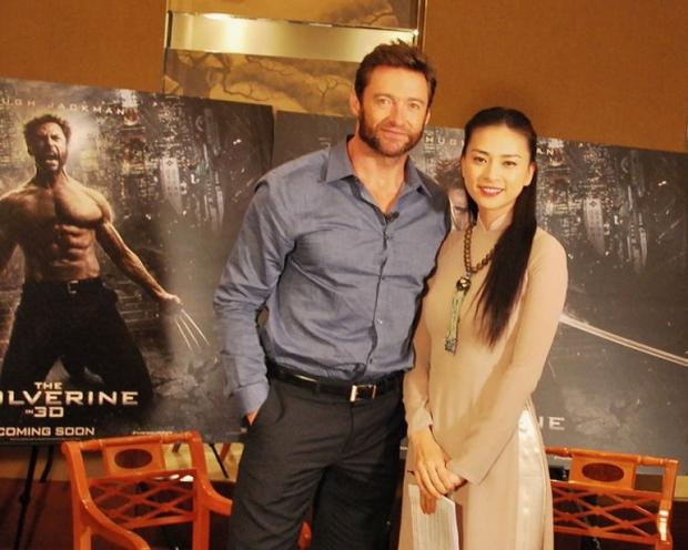 Ngô Thanh Vân khiến fan nở mũi, ghen tỵ khi chụp ảnh cùng diễn viên phim Doctor Strange - Ảnh 2.