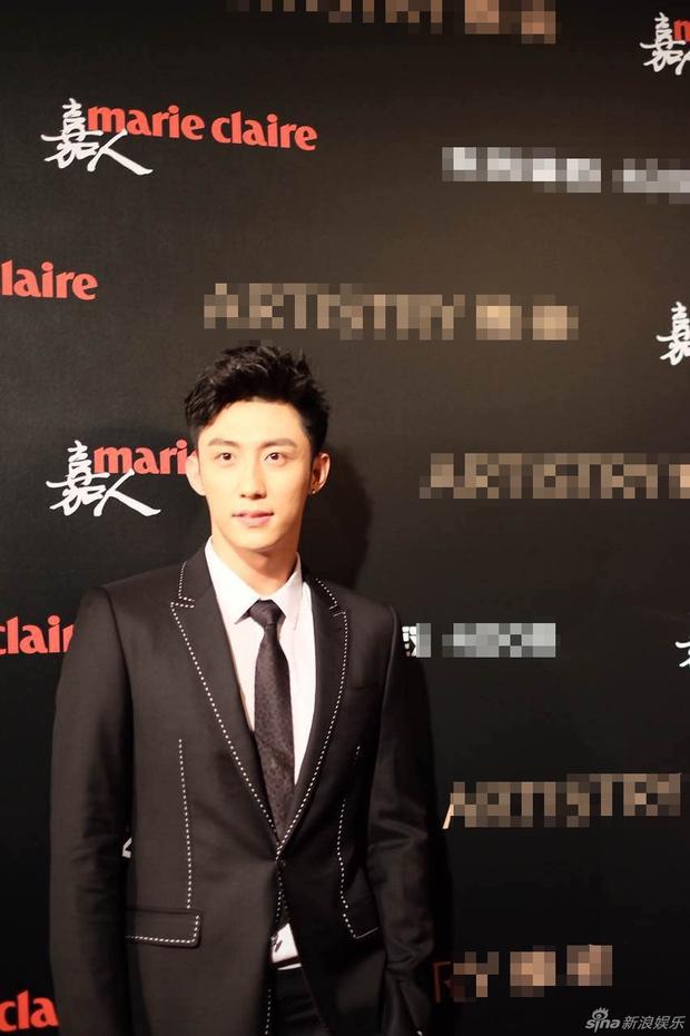 Đường Yên lần đầu xuất hiện bên bạn trai, Dương Mịch đẹp lộng lẫy vượt xa Triệu Vy trên thảm đỏ - Ảnh 13.