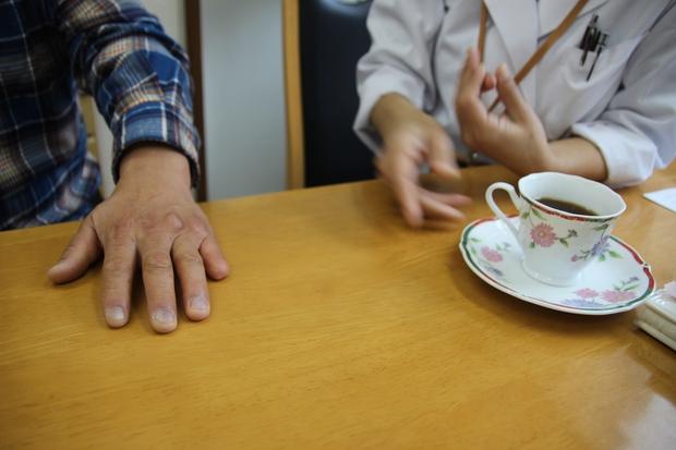 Gặp người phụ nữ chuyên chế tạo tay giả cho cựu thành viên băng đảng Yakuza - Ảnh 2.