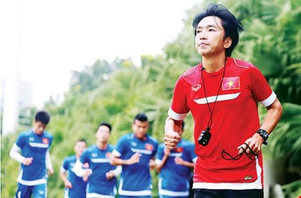 Vì sao HLV Miura từ chối CLB Việt Nam, muốn đến Thái Lan - Ảnh 2.